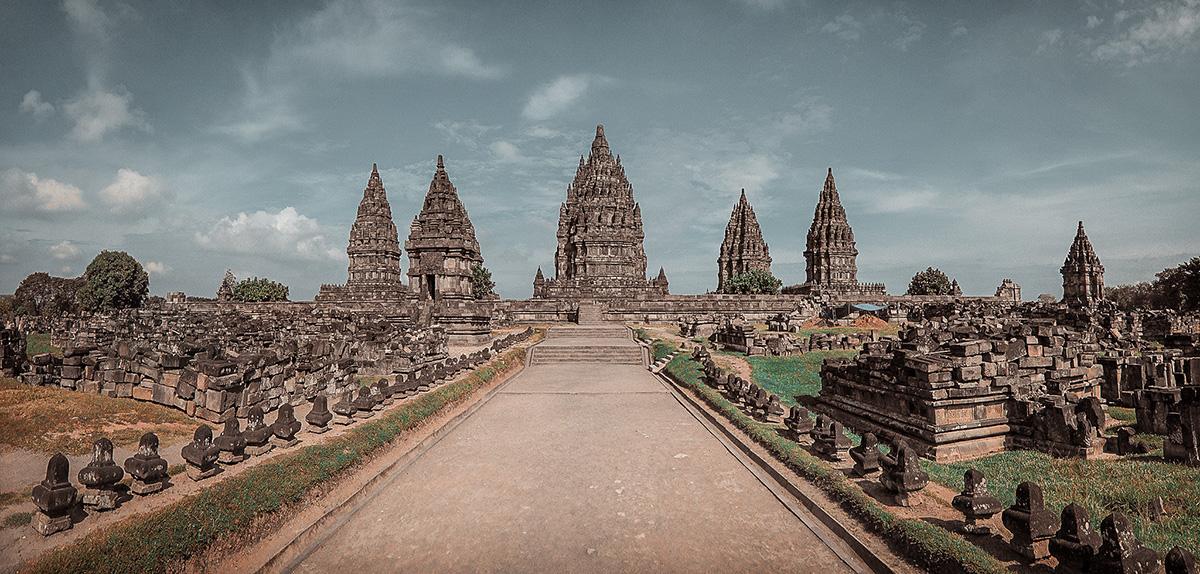I templi di Borobudur e Prambanan