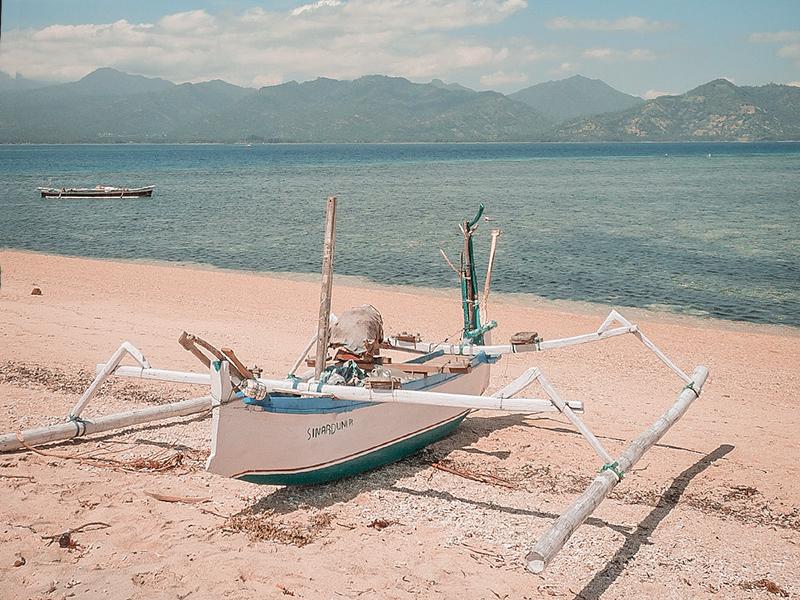 Traghetti, fast, barche per muoversi in Indonesia e a Bali
