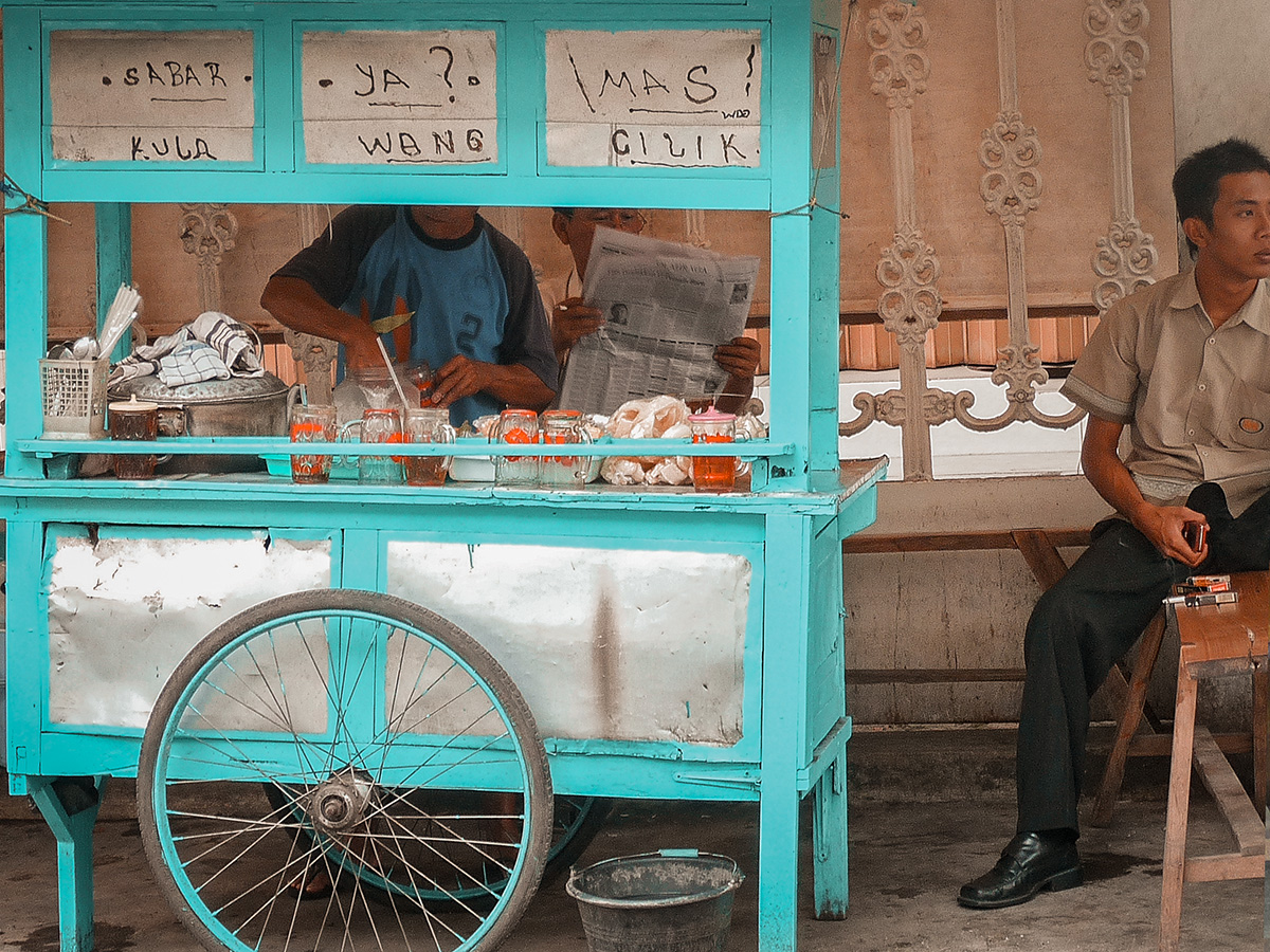 Un kaki lima che vende bubur, ovvero porridge