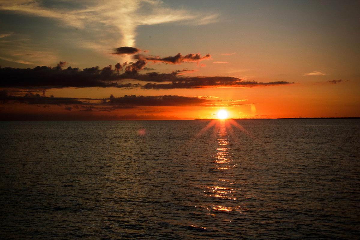 Tramonti a Moyo Island