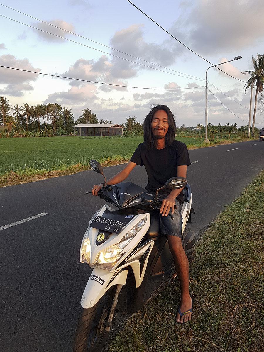 Canggu in scooter.