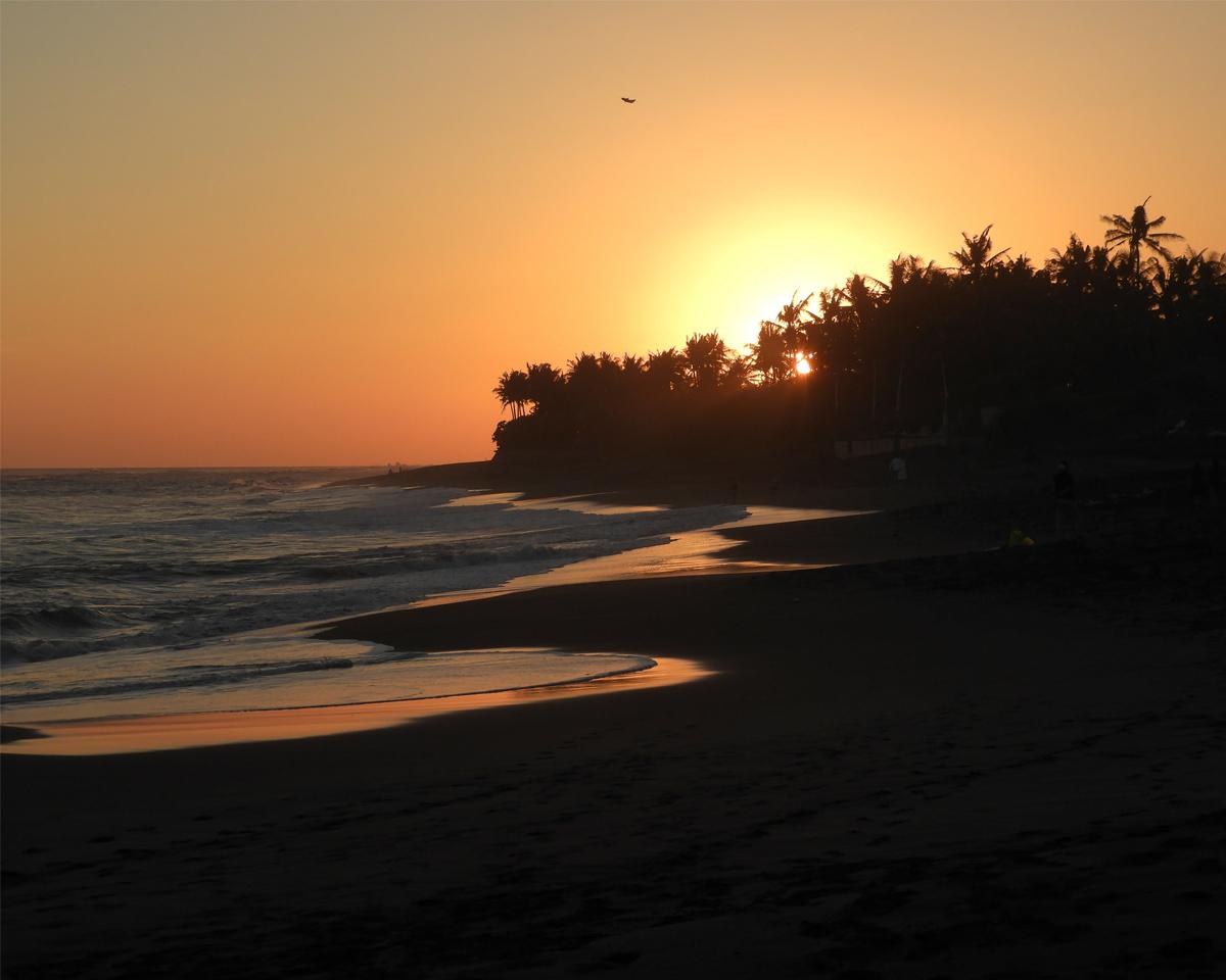 Canggu, tramonto nella spiaggia di Seseh.